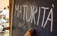 """Immagine di lavagna con scritta """"maturità"""""""